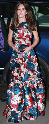 The Most Glamorous Dresses Kate Middleton's Ever Worn - Kate Middleton wearing Erdem at the 100 Women in Hedge Funds Gala dinner in October - Pippa Middleton, Style Kate Middleton, Kate Middleton Outfits, Kate Middleton Photos, George Of Cambridge, Duchess Of Cambridge, Herzogin Von Cambridge, Robes Glamour, Style Royal