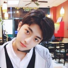 Korean Boys Ulzzang, Cute Korean Boys, Ulzzang Boy, Handsome Faces, Handsome Actors, Handsome Boys, Pretty Boys, Cute Boys, Korean Best Friends