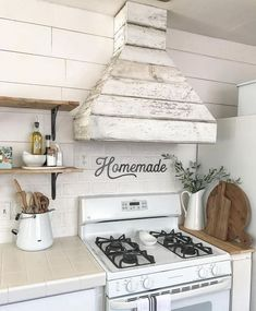shabby chic kitchen designs – Shabby Chic Home Interiors Kitchen Vent Hood, Kitchen Stove, Kitchen Redo, Home Decor Kitchen, New Kitchen, Home Kitchens, Kitchen Design, Farmhouse Kitchens, Ship Lap Kitchen