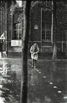 Henri Cartier-Bresson-Alberto Giacometti, Rue d'Alesia, Paris 1961