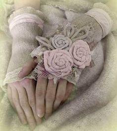 lovey-dovey gloves