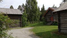 Husmannplassen Heimdal i Ål Villa, Cabin, House Styles, Plants, Home Decor, Cold, Homemade Home Decor, Plant, Interior Design