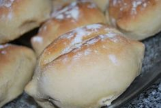 Papo-seco (another type of traditional portuguese bread)