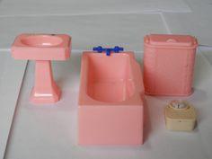1930's Renwal Ideal Doll House Furniture...Vintage Bathroom Set