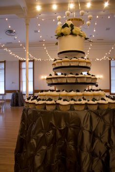 Wedding cake and cupcakes in Provo City Library Ballroom. Library Wedding, City Library, Ballroom Wedding, Work Party, Cupcake Cakes, Cupcakes, Wedding Tips, Wedding Cakes, Wedding Inspiration