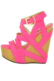 the perfect summer wedge.. in LOVE