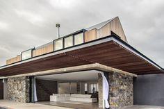 SALT Architects - House Porter exterior canopy overhang