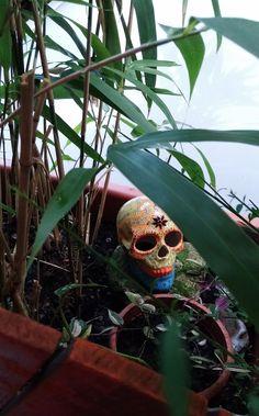 Plant Leaves, Etsy, Vintage, Shop, Plants, Skull And Crossbones, Handmade, Creative, Flora