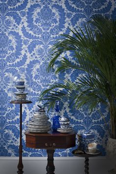 COBALT BLUE AND WHITE WALLPAPER What is not to love about this gorgeous Coleridge wallpaper by Cole & Son. Bright and cheerful and simply perfect with fresh greenery and natural timber furnishings. #coleandson #cobaltbluewallpaper #wallpaperideas http://www.carmendarwin.com