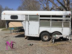 Little Trailer, Trailer Diy, Trailer Organization, Horse Trailers, Metal Roof, Metallic Paint, Fixer Upper, Recreational Vehicles, Horses