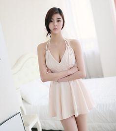NoName shopping mall Fitting Model http://www.luckypost.com/noname-shopping-mall-fitting-model-374/ #CuteGirl, #FittingModel, #Korean, #Luckypost, #NoName, #可爱的女孩在韩国, #韓国のかわいい女の子, #귀요미