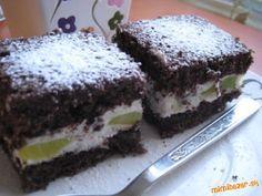 Tvarohový zákusok s kiwi Kiwi, Desserts, Food, Tailgate Desserts, Deserts, Essen, Postres, Meals, Dessert
