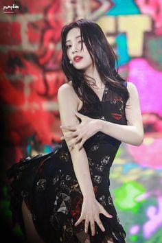 Red Velvet Joy, Black Velvet, Joy Rv, Park Sooyoung, Latest Albums, Leeteuk, Dangerous Woman, Beautiful Bride, Female Bodies