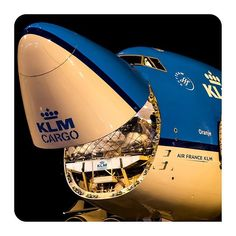 Keep smiling, weekend is almost there - by Marco Spuyman - KLM Cargo B747 freighter