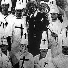 Here you see members of the Ku Klux Klan posing at a lynch meeting. The Ku Klux… Karma, Kings & Queens, Ku Klux Klan, Religion, Jim Crow, Police Chief, African American History, American Art, Native American