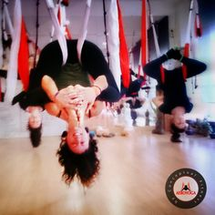 En estas fotos :Gracias a los Estudiantes AeroYoga® International del Teacher Training Madrid Marzo 2014!  Phone-Whatsapp : +34 680 905 699  www.aeroyoga.us #Aero #Aerial #Madrid #fitness #yogaaereo #swing #suspensiontraining #gym #belleza #health #salud #Welness #bienestar