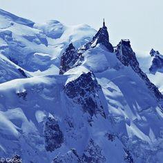best ski lift on planet.. (Aiguille du Midi, Chamonix)