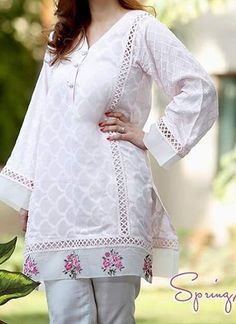 Best 12 Casual qameez – Page 679973243715391392 Sleeves Designs For Dresses, Dress Neck Designs, Stylish Dress Designs, Blouse Designs, Stylish Dress Book, Stylish Dresses For Girls, Simple Pakistani Dresses, Pakistani Fashion Casual, Kurta Designs Women