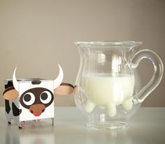 This right here would definitely make me start drinking milk, just so that I could laugh about the udders.