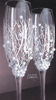 #wedding #glasses #annecreeaza   Instagram @annecreeaza Wedding Cake Rustic, Wedding Cakes, Wedding Glasses, Flute, Wine Glass, Champagne, Weddings, Tableware, Instagram