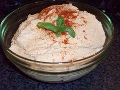 Hummus med brød