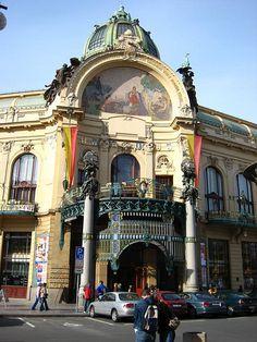 Obecní Dům, Praha tam jsem chodila do tanecnich RE