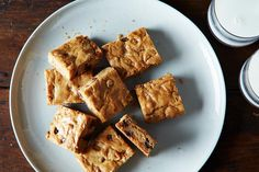 Cook's Illustrated's Blondies Recipe on Food52, a recipe on Food52 Cookie Desserts, Fun Desserts, Cookie Recipes, Dessert Recipes, Brownie Recipes, Steak Recipes, Dessert Bars, Brownie Bar, Desert Recipes
