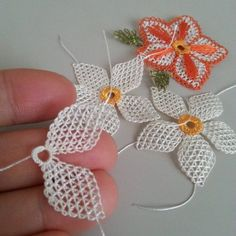 needle lace samples - welcome to the fashion site including everything Crochet Flower Patterns, Crochet Motif, Irish Crochet, Crochet Flowers, Crochet Stitches, Embroidery Stitches, Knitting Patterns, Needle Tatting, Needle Lace