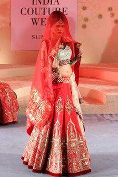 Red bridal lehenga with mint choli and white dupatta by Anju Modi Designer Bridal Lehenga, Indian Bridal Lehenga, Indian Bridal Wear, Asian Bridal, Bride Indian, Red Lehenga, Indian Weddings, Indian Wear, India Fashion Week