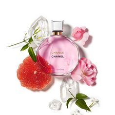 Perfume Scents, Perfume Bottles, Paco Rabanne Lady Million, Parfum Chanel, Chance Chanel, Pink Accessories, Jasmin, Cosmetics, Floral