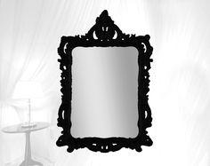 Kuifspiegel modern barok, mooi voor de badkamer of boven een tafel in de hal. http://www.barokspiegel.com/venetiaanse-spiegels/kuifspiegel-modern-barok-bell