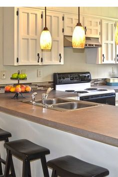 Discover kitchen barn only in mafa homes Kitchen Bar Design, Kitchen Inspiration, Cool Kitchens, Barn, Homes, Ideas, Home Decor, Converted Barn, Houses