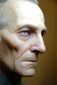 Realistic Grand Moff Tarkin Life-sized Bust - by Jordu Schell Head Anatomy, Sculpture Head, Digital Sculpting, Wax Museum, Face Reference, Model Face, Face Men, Portrait Art, Portraits