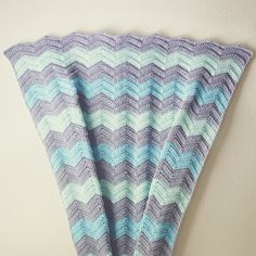 I love these colors for a baby blanket! They work really well with the chevron pattern too.