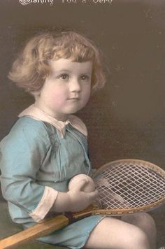 . Antique Photos, Vintage Pictures, Vintage Images, Nostalgic Images, Old Portraits, Vintage Tennis, Win Or Lose, Vintage Children, Vintage Postcards