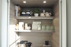 TOPI-KEITTIÖT AAMIAISKAAPPI | SALLY'S Kitchen Tops, Floating Shelves, Cabinet, Kitchens, Home Decor, Breakfast, Clothes Stand, Morning Coffee, Decoration Home