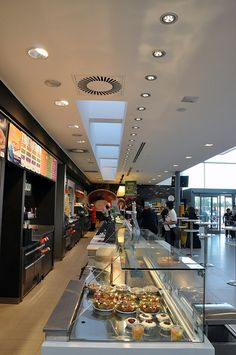 Autogrill Montefeltro Ovest by Lombardini22, via Flickr
