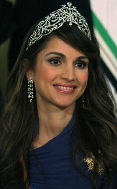 Queen Rania, Queen consort of King Abdullah II, wearing the Arabic Scroll Tiara, Jordan (diamonds).
