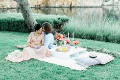 Chic lakeside proposal at the Athenian Riviera can be wildly romantic! Greece can surely provide a romantic locations such as this one for your proposal! Picnic Blanket, Outdoor Blanket, Trends Magazine, Wedding Proposals, Sweetheart Table, Athens Greece, Chic, Summer, Inspiration