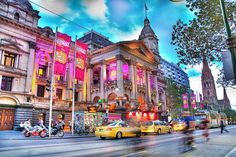 Melbourne Town Hall_HDR, via Flickr.