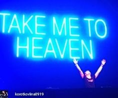 Music always does it for me. That soul-deep euphoric feeling.  #clubbing #saturdaynight #rave #edm #deephouse #housemusic #futurebass #techno #trance  @Regrann from @korotkovlina8919 -  For all the new and #Dreamhouse #EDM #Minimalhouse #DJs #Ghettohouse #HardNRG  #MusicProduction #edmmusic #Handbaghouse #self #art #family #regrann