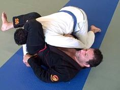 Kurt Osiander: Move of the Week - Triangle someone that has you in side control. #BJJ www.Facebook.com/McDojoLife
