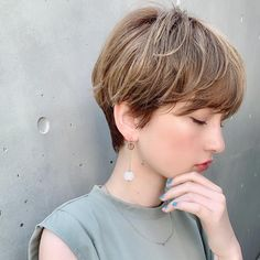 Asian Short Hair, Girl Short Hair, Short Hair Cuts, Short Hair Styles, Summer Hairstyles, Bob Hairstyles, Short Perm, Hear Style, Salon Style