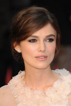 Keira Knightley Has Found Your Perfect Fancy-Schmancy Fall Hair and Makeup Look: Girls in the Beauty Department