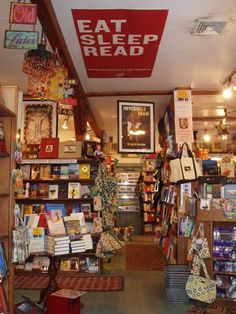 Nantucket Bookworks - A charming bookstore with a sister book on Main Street.
