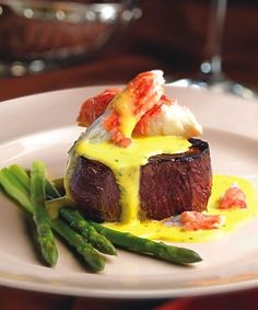 Filet mignon w/ Bernaise sauce & crab- YUM!!!
