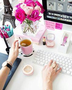 This desk is giving me MAJOR #springtime vibes. I'm in love!!  {: @annawithlove} #fresh flowers #pink #roses #coffee #desktop #officedecor  #pinkroses #tea #pantone #sugarluxeshop sugar luxe shop