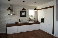 Wnętrza Zewnętrza: Bitwa o Dom: Kuchnia Kitchen Cabinets, Interior Design, Table, Furniture, Home Decor, Blog, Search, Google, Ideas
