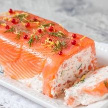 Irish terrine with smoked salmon - cuisine - Salad Recipes Healthy Seafood Bisque Recipe Easy, Seafood Pasta Recipes, Seafood Appetizers, Seafood Dinner, Seafood Salad, Salmon Terrine Recipes, Smoked Salmon Terrine, Quick Cheap Dinners, Easy Meals