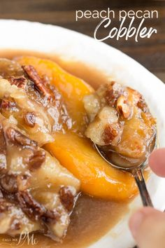 vietnamese dessert recipes, dessert crepes recipe, traditional spanish dessert recipes - Peach Pecan Cobbler, a sweet and buttery dessert recipe that's loaded with fresh peaches and toasted pecans. This simple and easy dessert comes together in one pan. Pecan Cobbler, Fruit Cobbler, Cobbler Recipe, Köstliche Desserts, Dessert Recipes, Meat Recipes, Cooking Recipes, Top Recipes, Cookbook Recipes